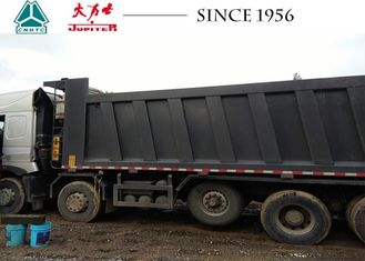 HOWO A7 10X4 14 Wheeler Truck 35CBM Euro IV Low Oil Consumption With Lifting